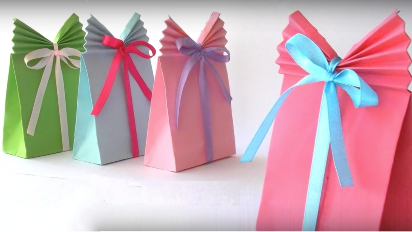 Diy Crafts Easy Paper Gift Bags In Under 5 Minutes Glamrs